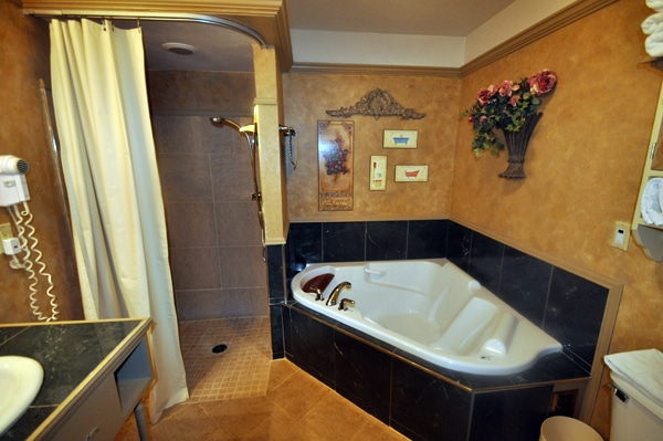 Tuscany Bathroom